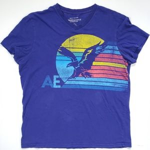 AEO Womens Graphic Tshirt Athletic Fit